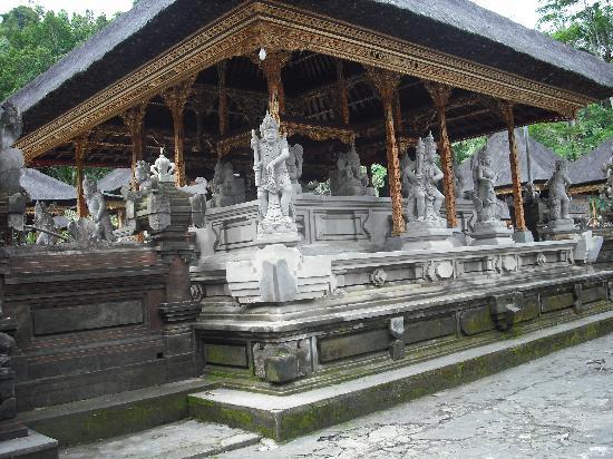 Istana Tampaksiring Galeri Wisata Nusantara