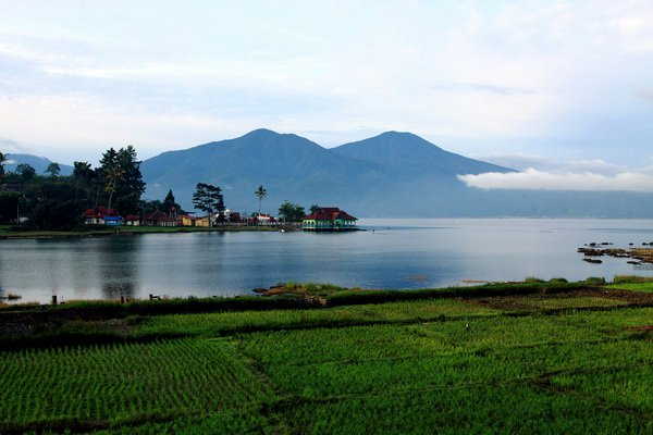Danau Kerinci – Jambi | Galeri Wisata Nusantara